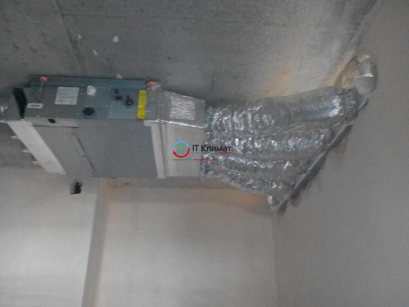 Припливно-витяжна вентиляція з рекуперацією Vents і мульти спліт-система Cooper&Hunter канального типу.