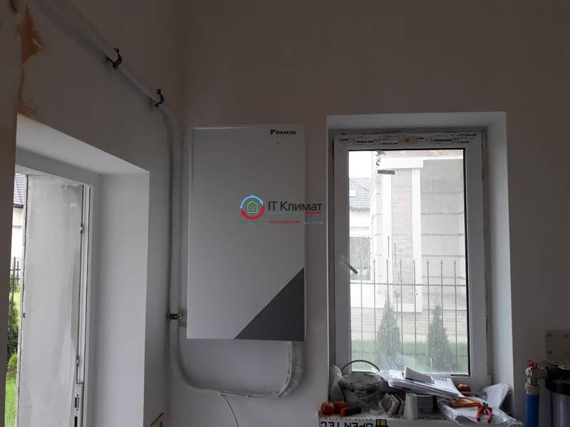 Монтаж теплового насоса повітря-вода Daikin Altherma